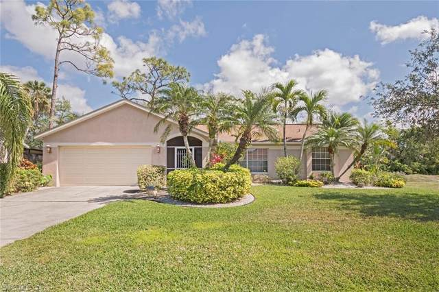 1060 Moon Lake Dr, Naples, FL 34104 (#221034428) :: Southwest Florida R.E. Group Inc