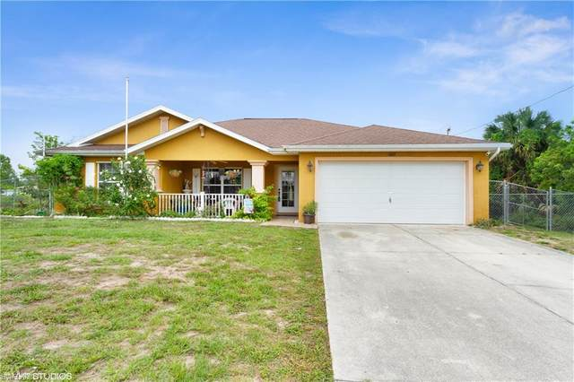 1063 Halby Ave S, Lehigh Acres, FL 33974 (MLS #221034941) :: BonitaFLProperties