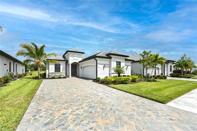 1842 Mustique St, Naples, FL 34120 (MLS #221035284) :: The Naples Beach And Homes Team/MVP Realty