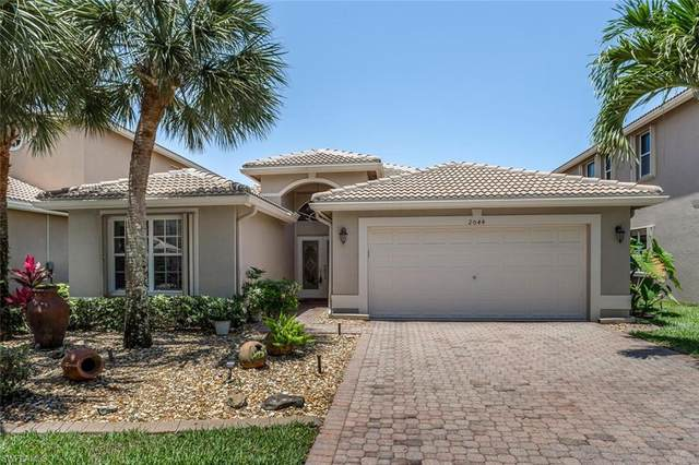 2044 Isla De Palma Cir, Naples, FL 34119 (MLS #221035447) :: Avantgarde