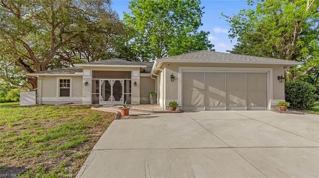 8590 Judeth Ln, Estero, FL 33928 (#221035683) :: The Dellatorè Real Estate Group