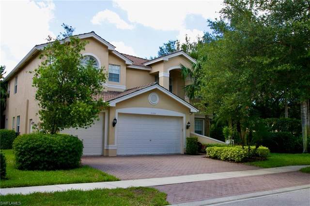 2300 Guadelupe Dr, Naples, FL 34119 (MLS #221035790) :: The Naples Beach And Homes Team/MVP Realty