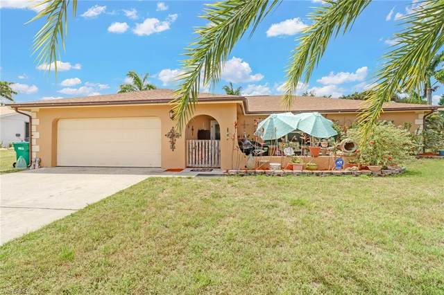366 Hidden Valley Dr, Naples, FL 34113 (MLS #221035977) :: The Naples Beach And Homes Team/MVP Realty