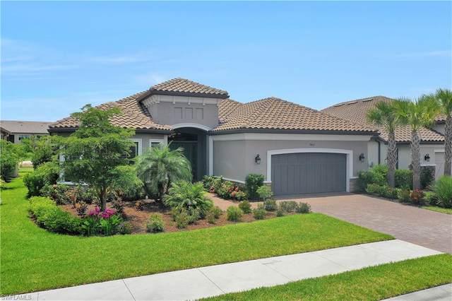9467 Galliano Ter, Naples, FL 34119 (#221035993) :: The Dellatorè Real Estate Group