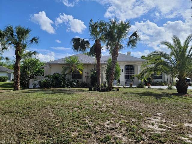 1704 E 9th St, Lehigh Acres, FL 33972 (MLS #221036946) :: The Naples Beach And Homes Team/MVP Realty