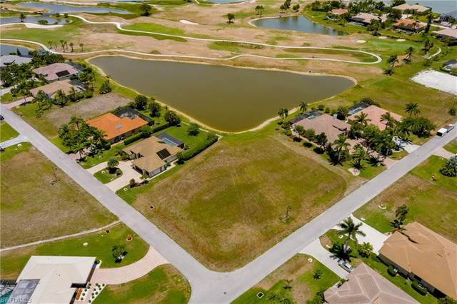 17994 Bluewater Dr, Naples, FL 34114 (#221041814) :: Equity Realty