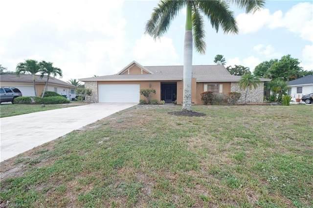 70 Thorncrest Ln, Naples, FL 34113 (MLS #221042291) :: Clausen Properties, Inc.