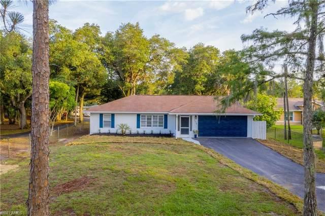 3470 White Blvd, Naples, FL 34117 (MLS #221042540) :: Realty World J. Pavich Real Estate