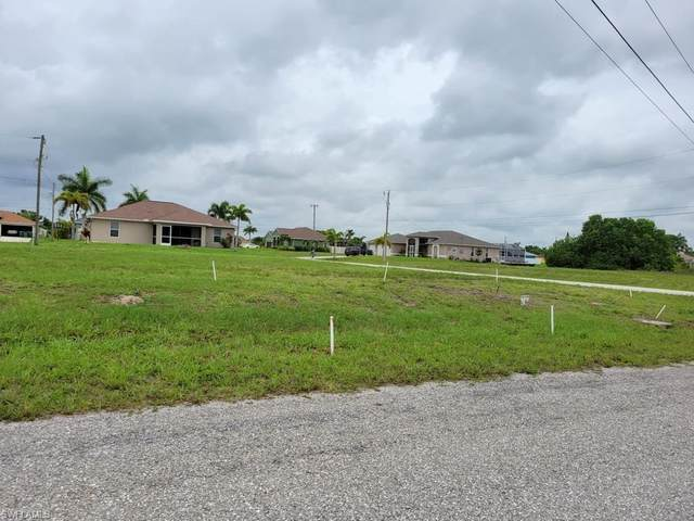307 NW 9th Ter, Cape Coral, FL 33993 (MLS #221042999) :: Realty Group Of Southwest Florida