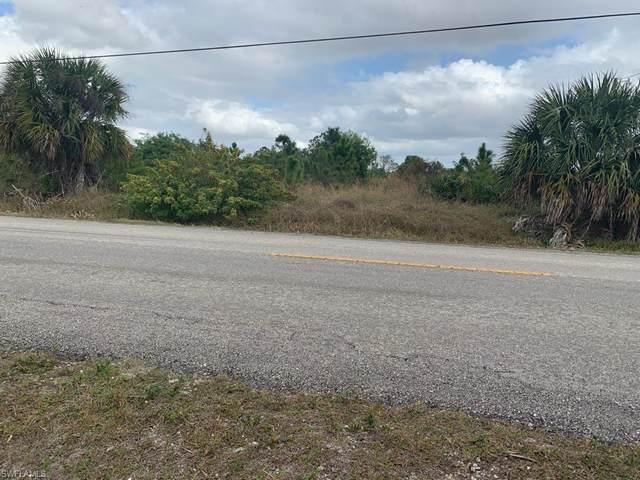 Everglades Blvd N, Naples, FL 34120 (MLS #221043057) :: RE/MAX Realty Group