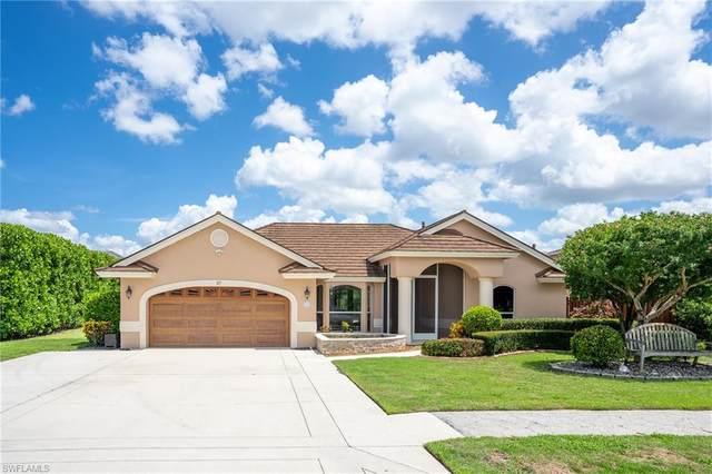 27 Wickliffe Dr, Naples, FL 34110 (MLS #221043097) :: Dalton Wade Real Estate Group