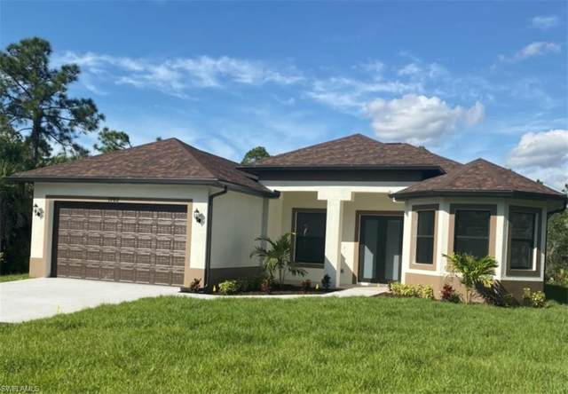 1940 22nd Ave NE, Naples, FL 34120 (MLS #221043155) :: #1 Real Estate Services