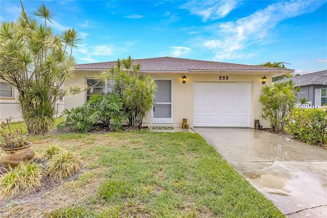 555 109th Ave N, Naples, FL 34108 (#221043184) :: Equity Realty