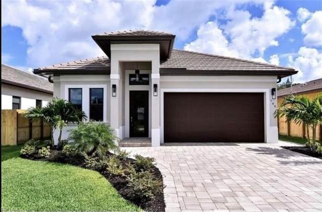 535 97th Ave N, Naples, FL 34108 (#221043943) :: Caine Luxury Team