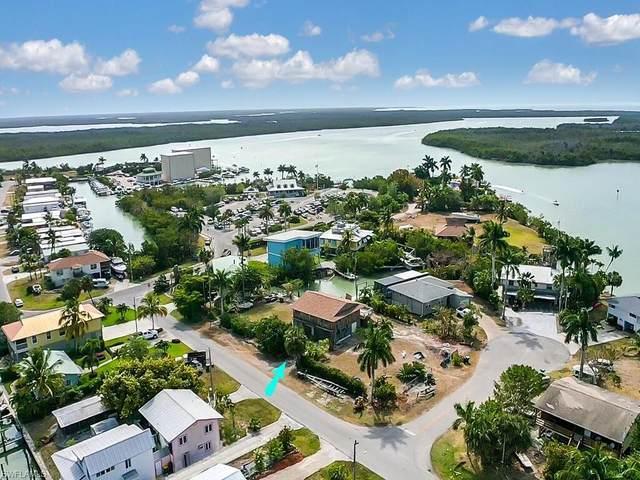 670 Palm Ave W, Goodland, FL 34140 (MLS #221044816) :: Florida Homestar Team