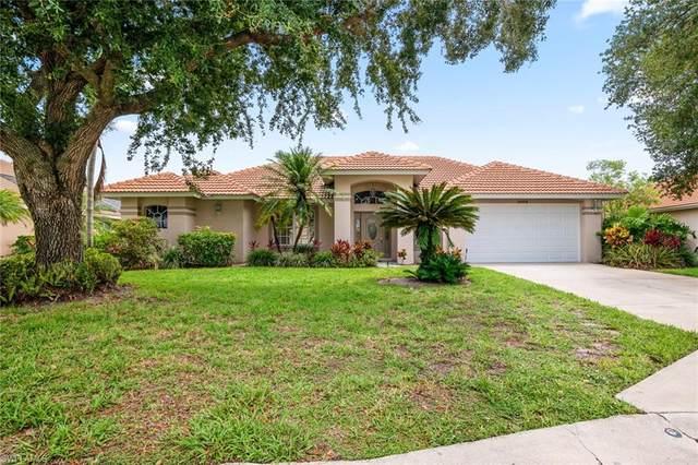 11102 Phoenix Way, Naples, FL 34119 (#221045377) :: The Dellatorè Real Estate Group