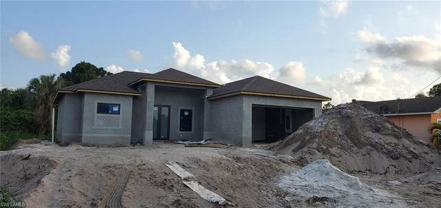 3217 41st St SW, Lehigh Acres, FL 33976 (MLS #221045386) :: Realty World J. Pavich Real Estate