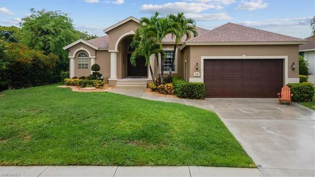 576 Somerset Ct, Marco Island, FL 34145 (#221045435) :: Equity Realty