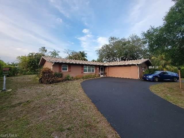 109 Fairway Cir, Naples, FL 34110 (#221045622) :: REMAX Affinity Plus