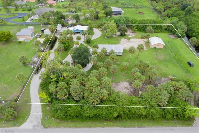 1680 17th St SW, Naples, FL 34117 (MLS #221045911) :: Coastal Luxe Group Brokered by EXP