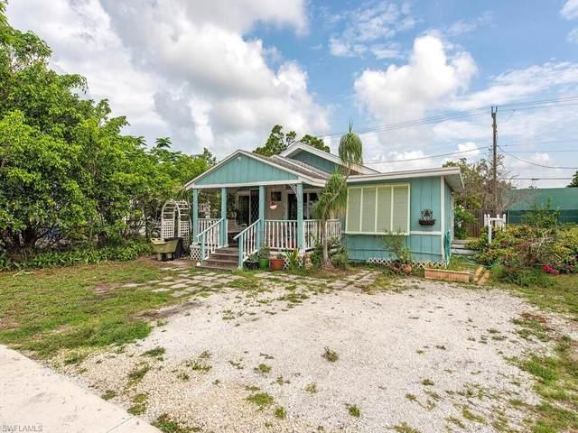 1017 Ridge St, Naples, FL 34103 (#221046419) :: Equity Realty