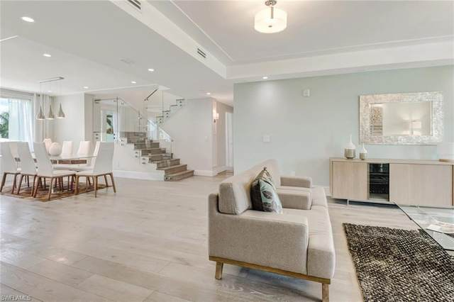 875 9th St S Ph#2, Naples, FL 34102 (#221047210) :: Equity Realty
