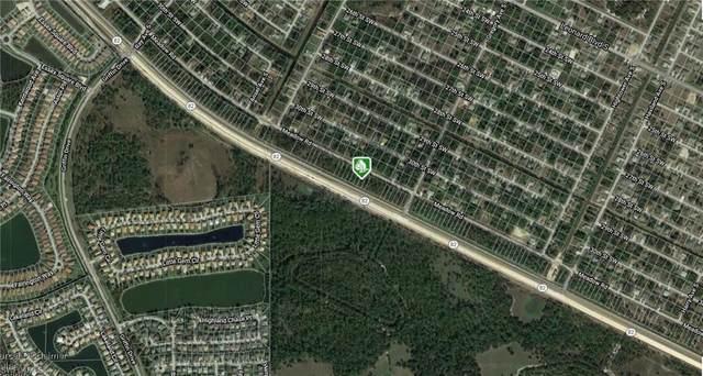 756 Meadow Rd, Lehigh Acres, FL 33973 (#221049303) :: Caine Luxury Team