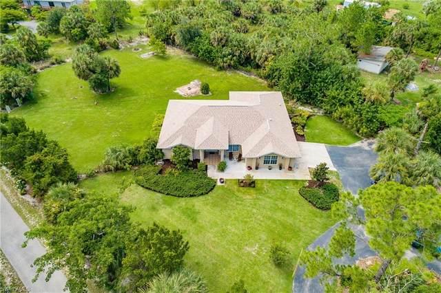 1220 9th St SW, Naples, FL 34117 (MLS #221050091) :: Clausen Properties, Inc.