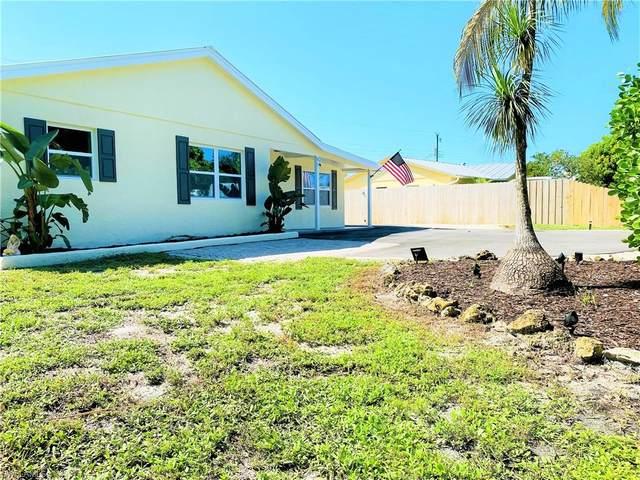 4486 Capri Dr, Naples, FL 34103 (#221050292) :: Earls / Lappin Team at John R. Wood Properties
