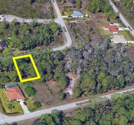 1271 Songbird St, Fort Myers, FL 33913 (MLS #221050586) :: Domain Realty
