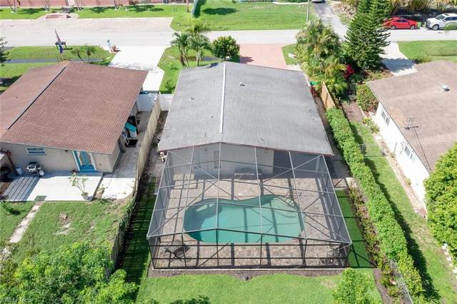 747 102nd Ave N, Naples, FL 34108 (#221051763) :: Equity Realty