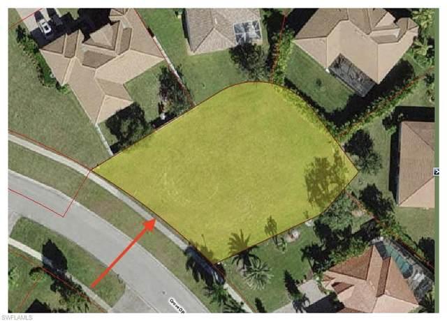 2262 Grove Dr, Naples, FL 34120 (#221052106) :: Jason Schiering, PA