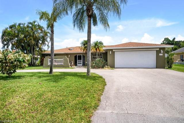 131 Willowick Dr, Naples, FL 34110 (MLS #221052379) :: Realty World J. Pavich Real Estate