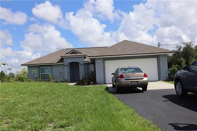 4225 56th Ave NE, Naples, FL 34120 (#221052458) :: Southwest Florida R.E. Group Inc