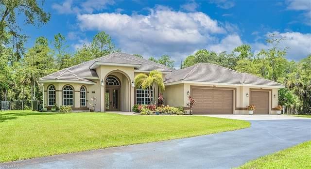 320 18th Ave NW, Naples, FL 34120 (#221053272) :: Southwest Florida R.E. Group Inc