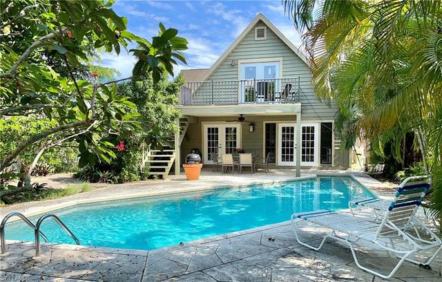 774 109th Ave N, Naples, FL 34108 (MLS #221053764) :: Clausen Properties, Inc.