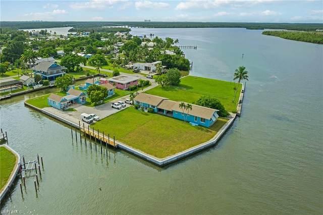110 East Ct, Naples, FL 34140 (MLS #221054057) :: Florida Homestar Team