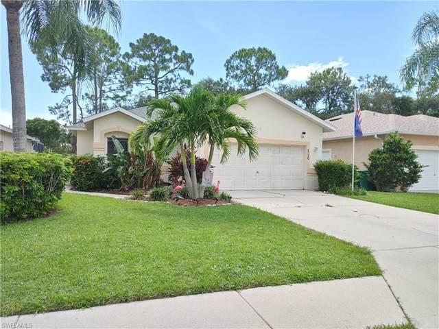 310 Stanhope Cir, Naples, FL 34104 (#221054136) :: Jason Schiering, PA