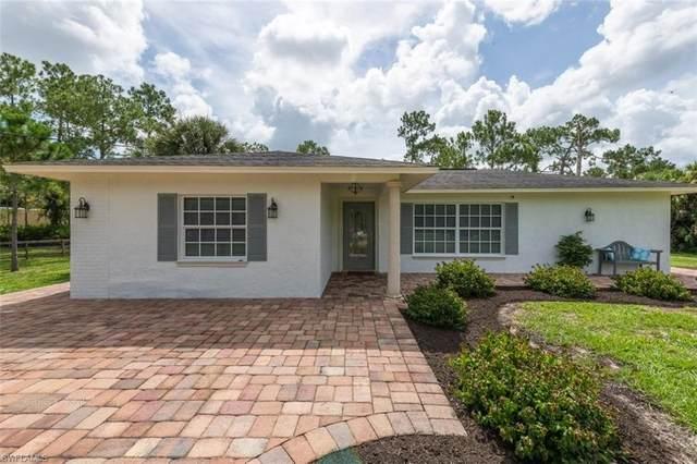 310 27th St SW, Naples, FL 34117 (#221054247) :: Southwest Florida R.E. Group Inc