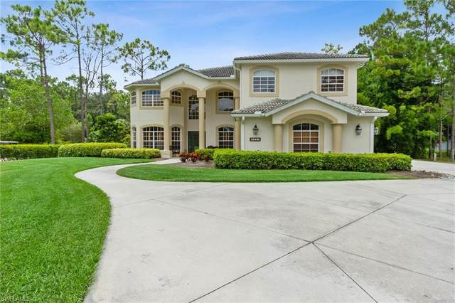 541 27th St NW, Naples, FL 34120 (MLS #221054337) :: #1 Real Estate Services