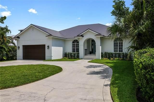 1500 Curlew Ave, Naples, FL 34102 (MLS #221054515) :: Clausen Properties, Inc.
