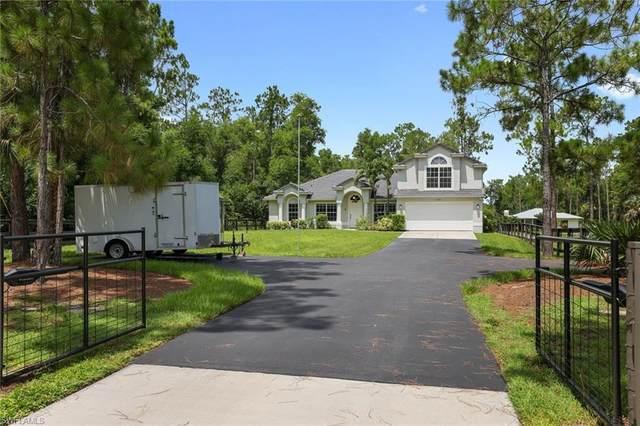 2171 21st St SW, Naples, FL 34117 (MLS #221054836) :: Clausen Properties, Inc.