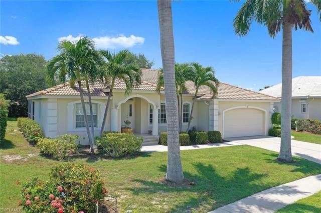 718 Fairlawn Ct, Marco Island, FL 34145 (MLS #221055177) :: Domain Realty