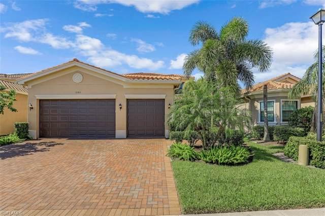3183 Pacific Dr, Naples, FL 34119 (#221055416) :: The Dellatorè Real Estate Group