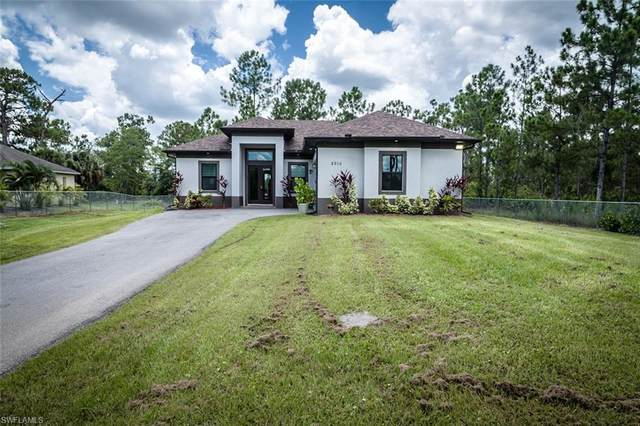 2910 37th Ave NE, Naples, FL 34120 (MLS #221055920) :: Crimaldi and Associates, LLC