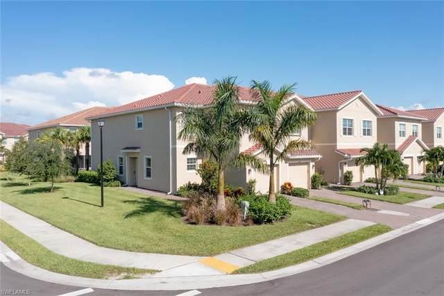 2643 Blossom Way, Naples, FL 34120 (#221055939) :: Southwest Florida R.E. Group Inc