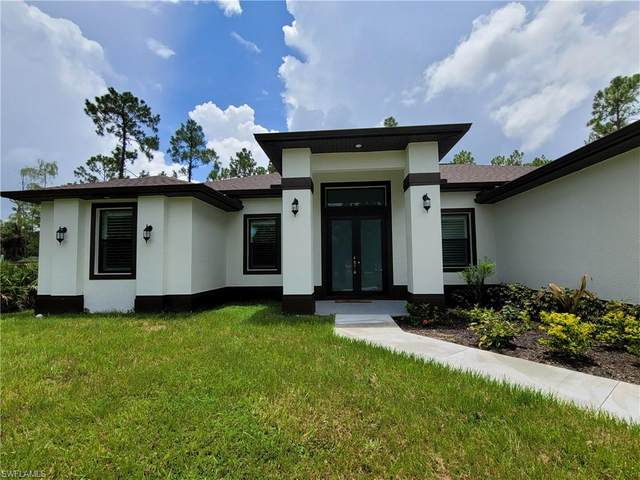 2762 6th Ave SE, Naples, FL 34117 (MLS #221055985) :: RE/MAX Realty Group