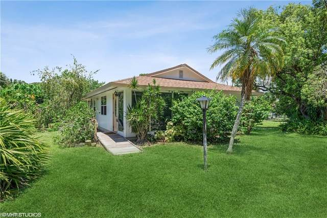 1863 Beech Ave, Naples, FL 34112 (#221056404) :: Earls / Lappin Team at John R. Wood Properties