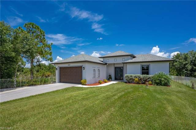 4363 62nd Ave NE, Naples, FL 34120 (MLS #221056416) :: Crimaldi and Associates, LLC