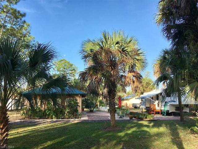 3521 Kam Luck Dr, Naples, FL 34117 (#221056891) :: Equity Realty